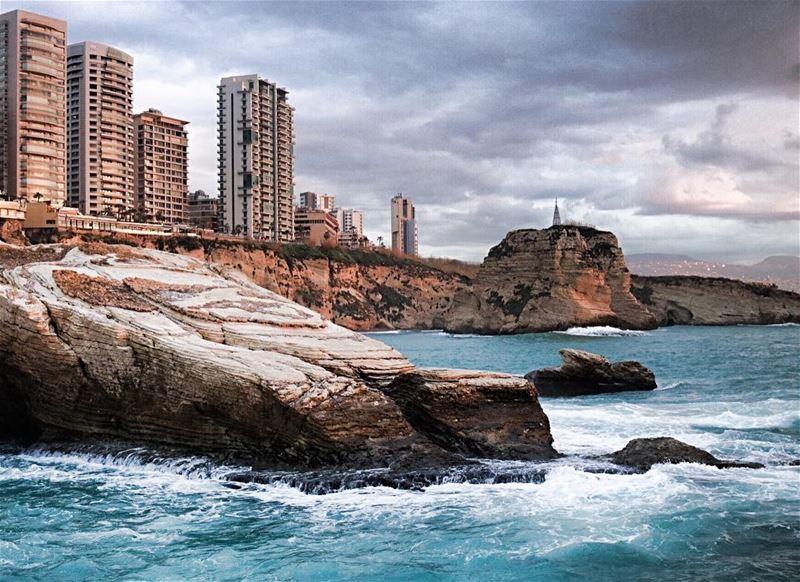 Every storm runs out of rain 🌈🌤.......... lebanon ... (Beirut, Lebanon)