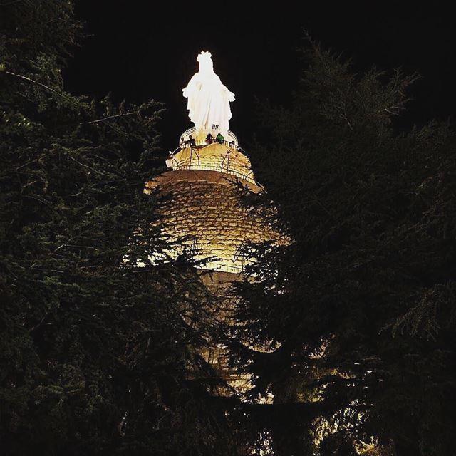 Pray for us 🙏 lebanon harissa kesserwan goodnight pray prayforus ... (Harîssa, Mont-Liban, Lebanon)