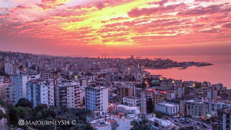 Beirut from above! 🛩️..... WorldCaptures BeautifulDestinations... (Harîssa, Mont-Liban, Lebanon)