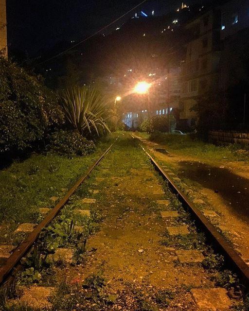Goodnight from Jounieh 😊تصبحون على خير من سكة الحديد في جونية Photo... (جونية - Jounieh)