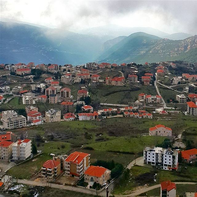 You can't get enough of this view even if the temperature was 0 degrees 🌬� (Saydet El Hosn - Ehden)