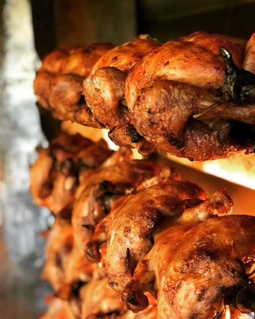 @adibchicken - 🐓 ! 📞76 55 49 82 chicken lebanon delicious ... (Sinn Al Fil, Mont-Liban, Lebanon)