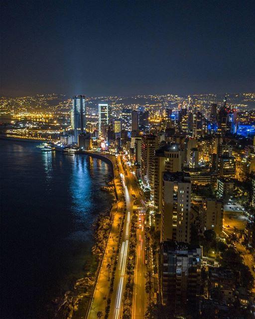 Goodnight from Beirut 😍تصبحون على خير من المنارة بيروتPhoto taken by @ra (Beirut, Lebanon)