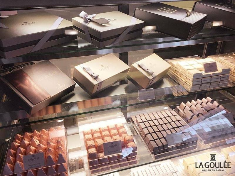 @la.goulee -  Surprise someone with chocolate boxes for any occasion..... (La Goulee)