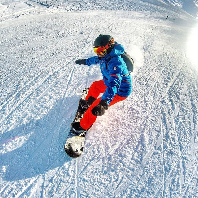 Dashing through the snow -2! snowboarding livelovemzaar livelovelebanon...