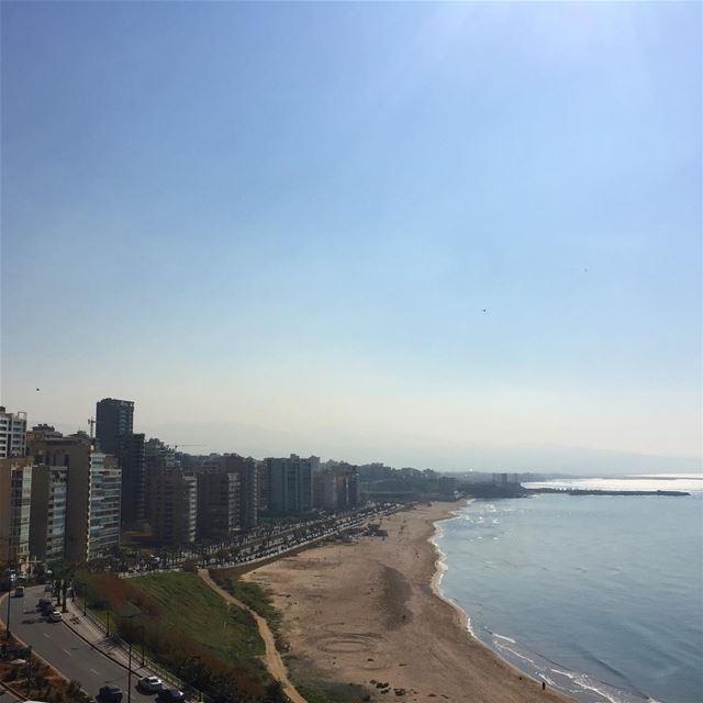 Beirut Lebanon mediterranean sea clearsky beautifullebanon ... (Ramlat Al Bayda', Beyrouth, Lebanon)