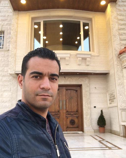 Выходя из дома сделай селфи и обязательно добавь в Инста, иначе забудут как (Beqaa Governorate)
