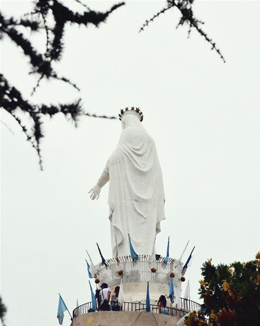 سيدة لبنان‎ 🌹 (Our Lady of Lebanon)