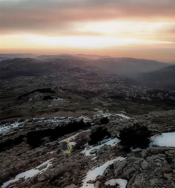Tonight's sunset from Falougha ... ig_lebanon natgeolebanon tagthestory... (Jabal Fâloûgha)