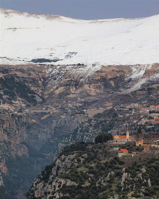 مِنْ هُنا يَفوح عِطرُ القَداسة ❤... Bcharre northlebanon Lebanon ... (Wadi Qannubin, Liban-Nord, Lebanon)