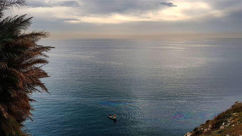 Sailing in February's Crowded Rainbow ....🌊🚣♂️... beirut lebanon... (Beirut, Lebanon)