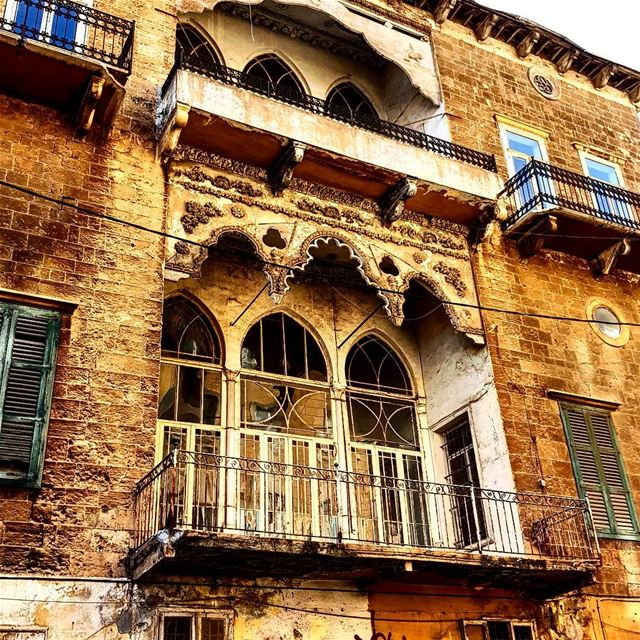Old but Gold , very close to AUB Beirut. house oldbutgold photooftheday... (Beirut, Lebanon)