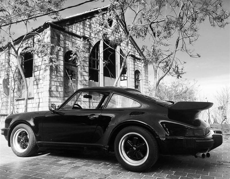 porsche 911 turbo porsche911 gseries classiccars 930 black ...