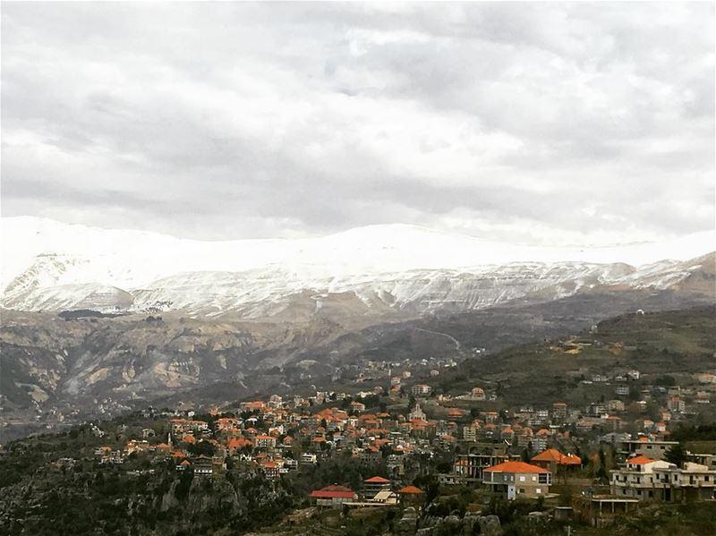 lebanon hasroun livelovehasroun amazingviewsoflebanon ... (Hasroun)