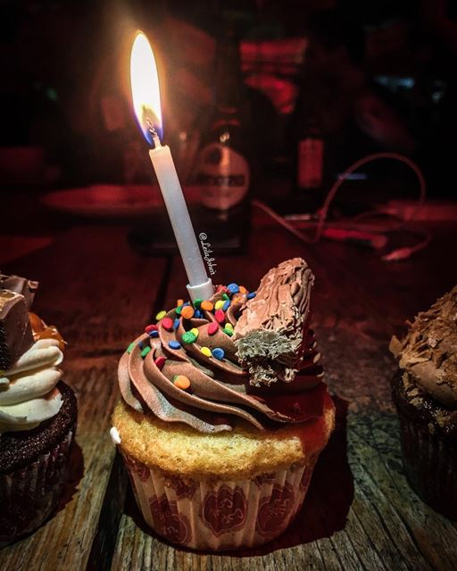 liveloveachrafieh  cupcakes  candles  livelovefood  livelovelebanon ...