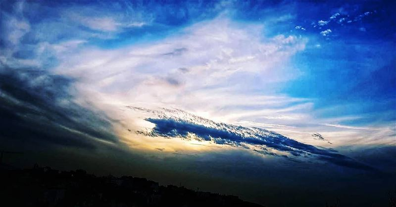 hope shines brighter than the  sun 🌌 cloudscape randomlytaken....... (Ain el-Rihaneh)