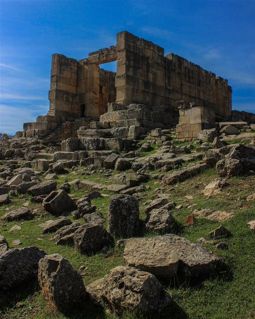 "The Temple of Sfireh, known locally as ""Qalaat al-Hosn"" or ""fortress... (Miniyeh-Danniyeh District)"
