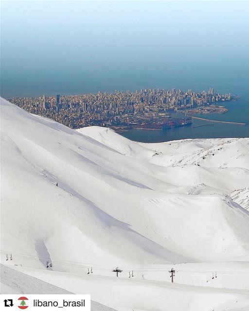 Repost @libano_brasil Beirute vista das pistas. Só no Líbano você pode... (Faraya, Mont-Liban, Lebanon)