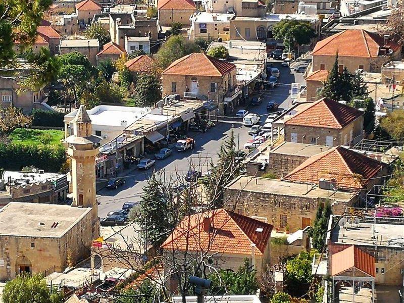 ________________________________________ libanon lebanonspotlights houses... (Dayr Al Qamar, Mont-Liban, Lebanon)