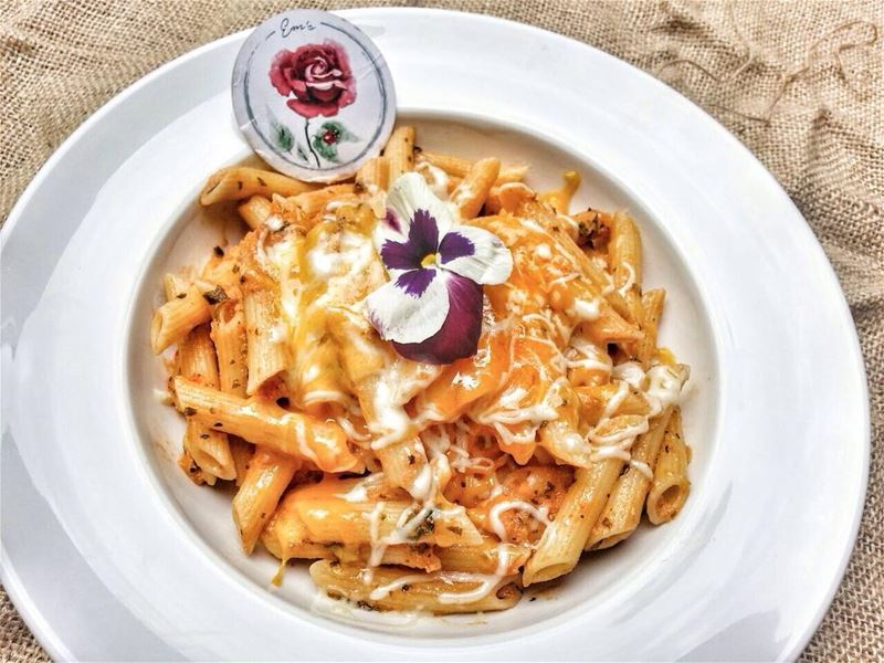 Cheesy Penne Pasta in Pink Sauce anyone? Give us a call ☎️ 03 25 13 19,... (Em's cuisine)
