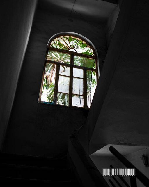 Gaze...... travelawesome exploretheglobe worlderlust ... (Beirut, Lebanon)