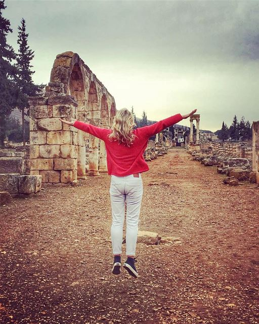 Did someone mention it's a 3 day weekend 💃💚💃💚💃....anyone else doing... (`Anjar, Béqaa, Lebanon)