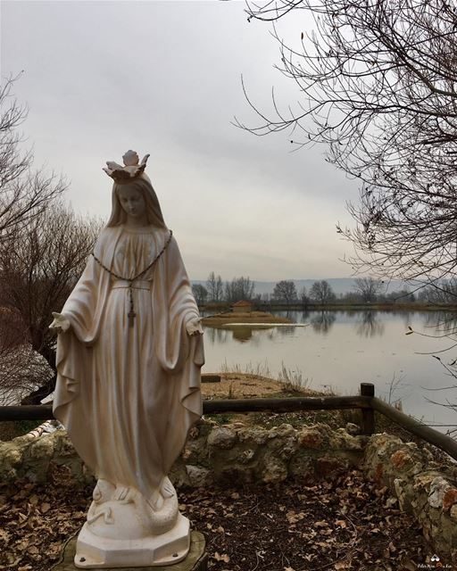 If you ever feel distressed during your day....Call upon our Lady ❤️🙏🏻❤️... (Deïr Taanâyel, Béqaa, Lebanon)