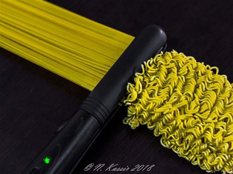 spaghetti noodles flat iron hairstraightener barilla Maggi philips...