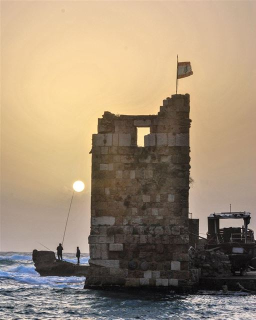 Jbeil, Lebanon: fishing for the sun.... lebanon byblos jbeil ... (Jbeil جبيل)
