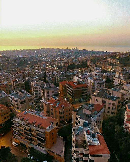 Beirut ya Beirut you look gorgeous 🌇❤Good evening. ---------------------- (Beirut, Lebanon)