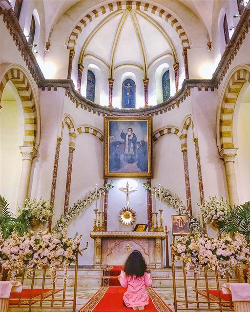 مار مارون 🙏🏻 من لبنان إلى المَشْرِق والعالم 🇱🇧🙏🏻🌍... (Mar Maroun Church)