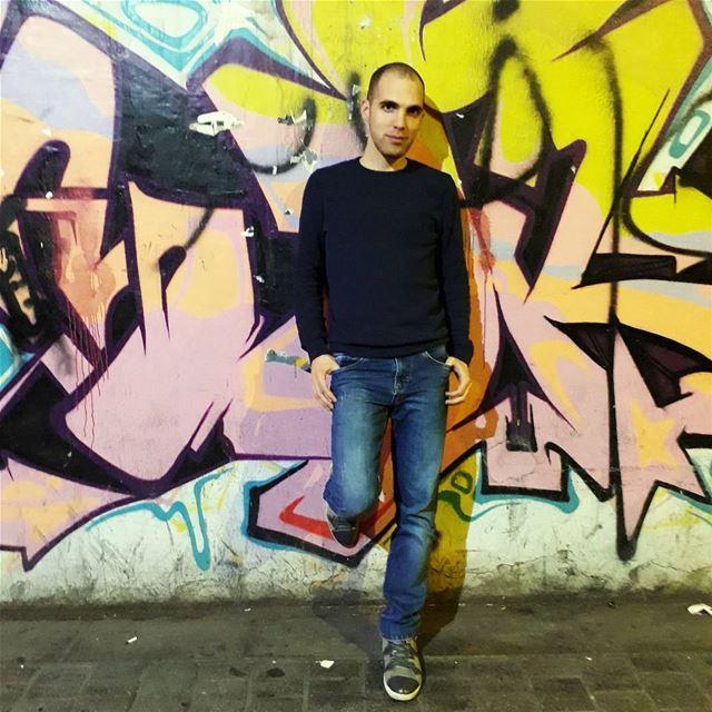 graffitti wall and @claudbi86 again 😉 graffiti wall friends people ... (Hamra, Beyrouth, Lebanon)