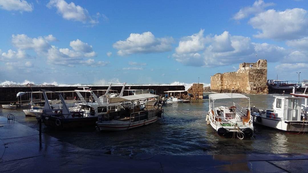 byblos medieval harbor instamoment ...