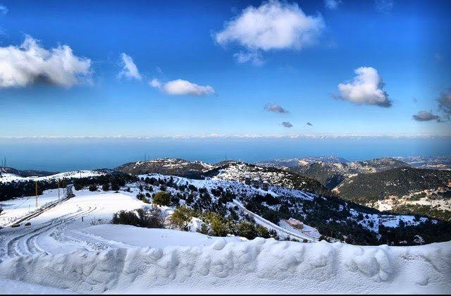 Beach to slopes........ travelawesome exploretheglobe ... (Annâya, Mont-Liban, Lebanon)