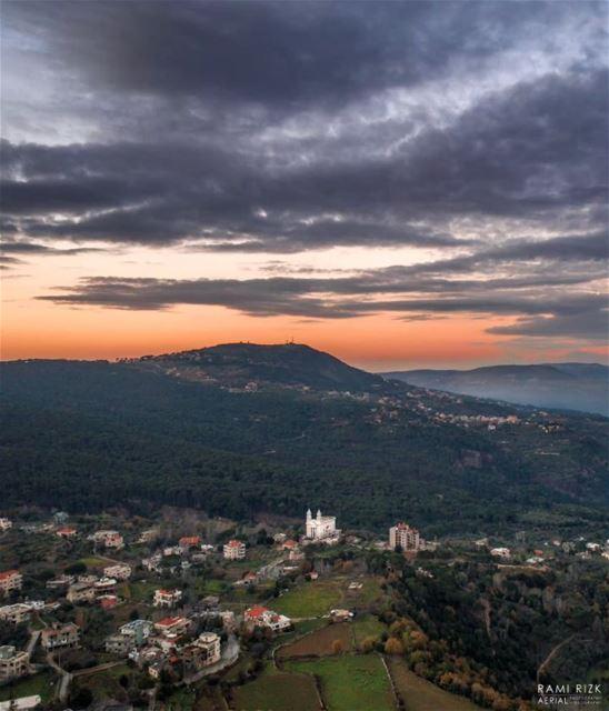 Jezzine's Golden Sunset 🌄... jezzine lebanon dji drones ... (Jezzine District)