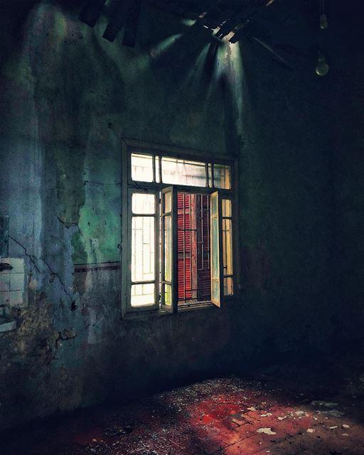 Abandoned house beirut lebanon abandoned abandonedplaces........ (Mount Lebanon Governorate)