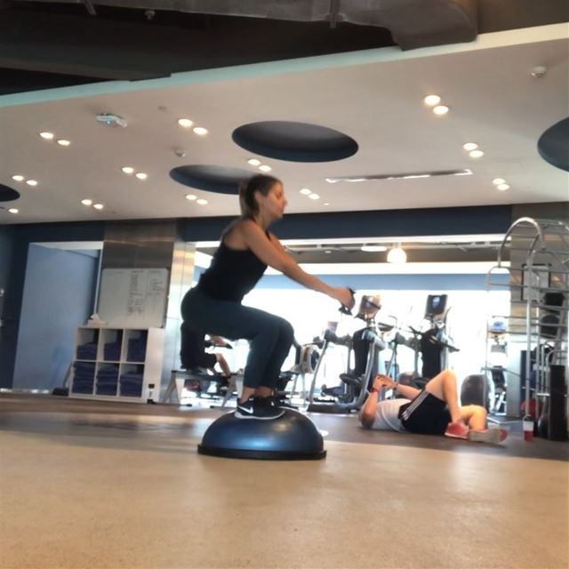 cable  bosu  workout for  balance :🌼 5 x 10  squat and pull🌼 5 x 10... (Dubai, United Arab Emirates)
