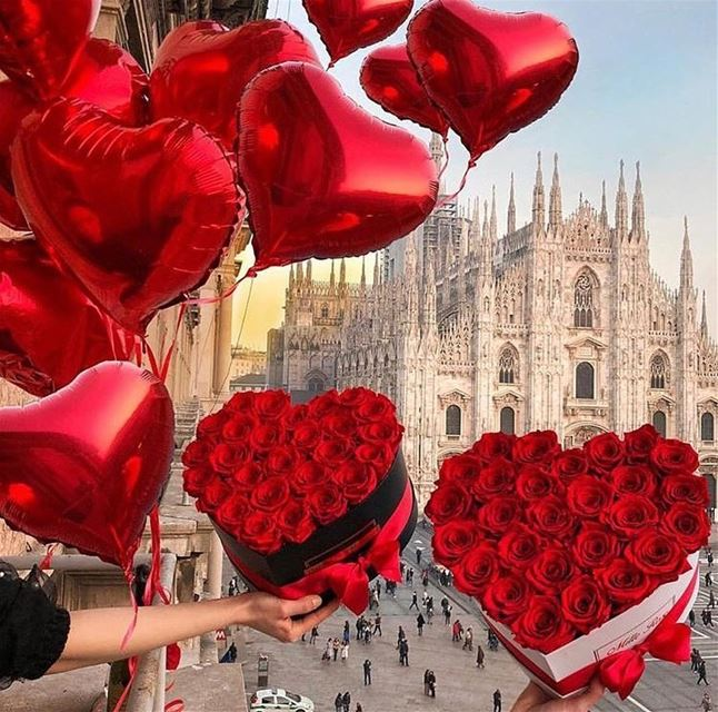 Happy Valentines Day ❤️🇮🇹DailySketchLook 235 shopping italian ...