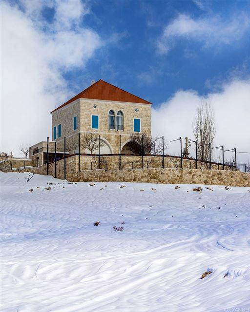 Good afternoon from Laklouk, Lebanon. 18-2-2018 livelovelaklouk. snow ... (El Laklouk, Mont-Liban, Lebanon)