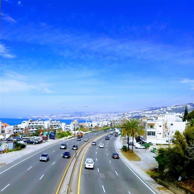 road Lebanon ...