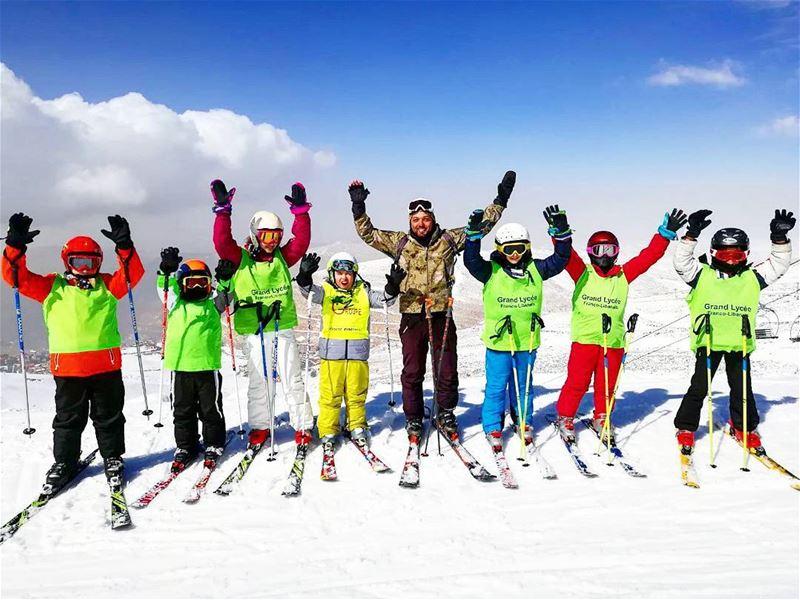 🎿 groupez skischool mzaar lebanon lyceefrancolibanais mzaar2400 ... (Lebanon)