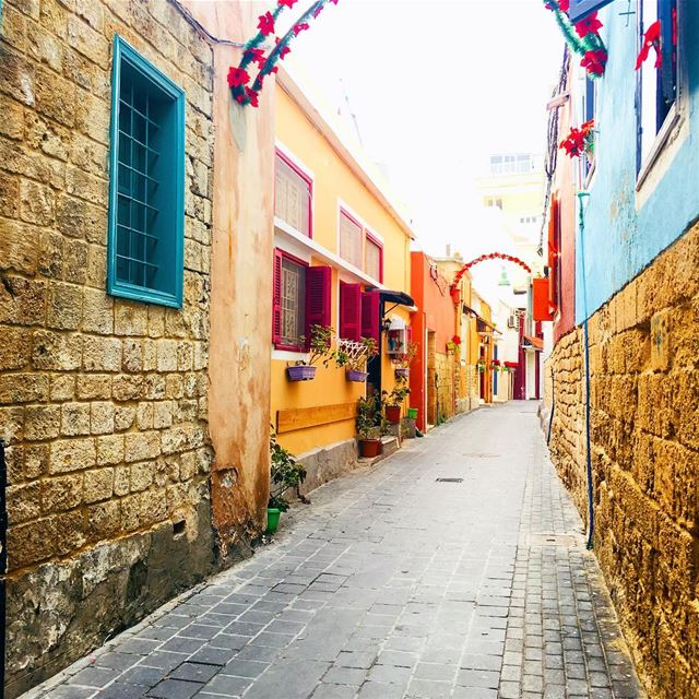 Throwback To Those Magical Alleyways. tyre sour oldtown lebanon ... (Tyre, Lebanon)