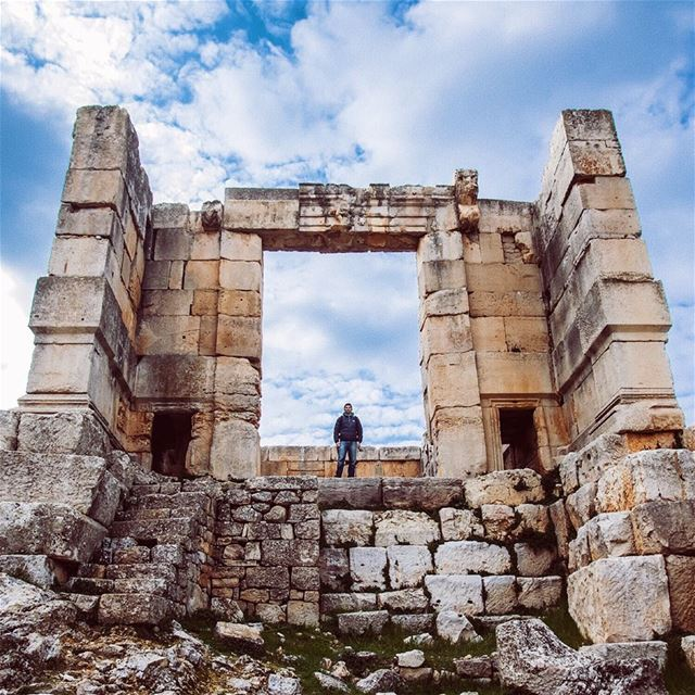 Roman temple / 2nd century AD romanempire ... (Beirut, Lebanon)