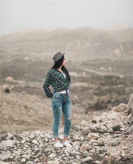 ɴᴏᴛ ᴀʟʟ ᴡʜᴏ ᴡᴀɴᴅᴇʀ ᴀʀᴇ ʟᴏsᴛ. canonMe @janajoumaa (Jezzîne, Al Janub, Lebanon)
