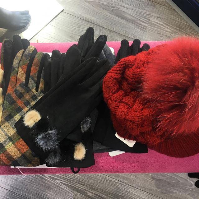 Accessories on SaleDailySketchLook 242 shopping italian boutique ... (Er Râbié, Mont-Liban, Lebanon)