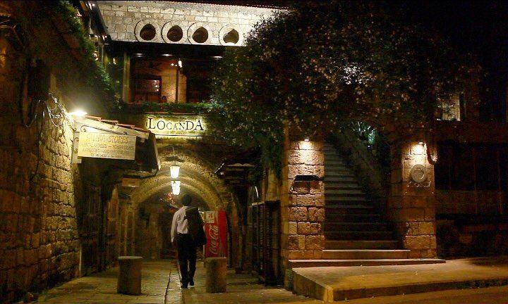 Night Walk... night walk violin violoniste music goodnight... (Locanda A La Granda)