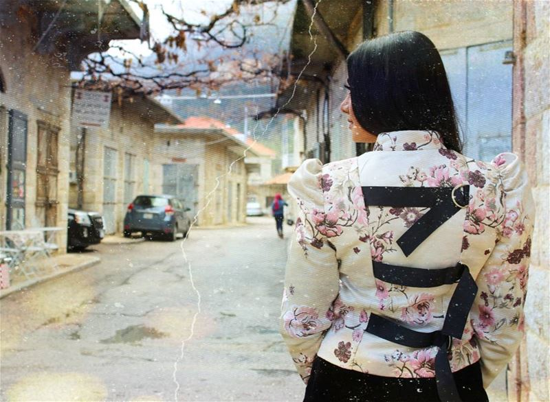 Turning my back to negativity bepositive postivevibes weekend sarurday... (Douma, Liban-Nord, Lebanon)