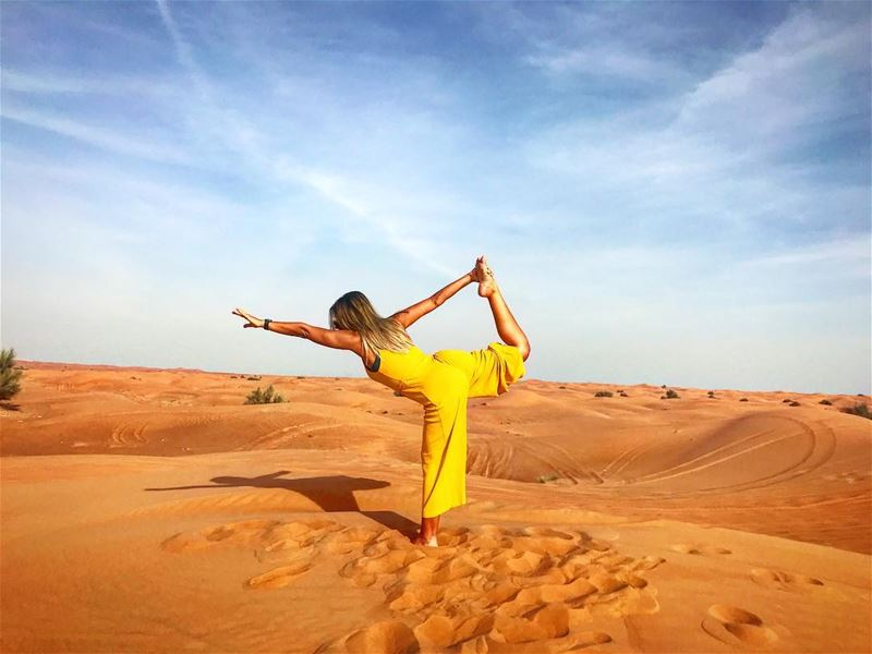 Never thought I would find balance in the desert 💛🌵No place like ... (Dubai, United Arab Emirates)