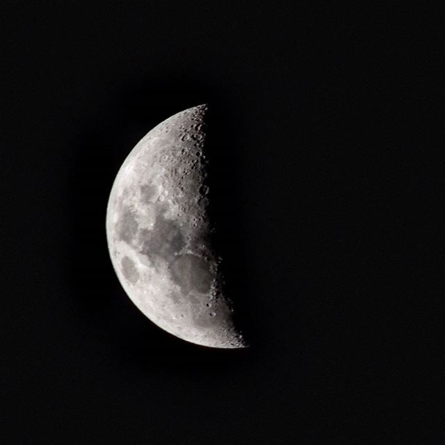 Tonight's moon by me 📷------------A.J------------ beirut lebanon moon...