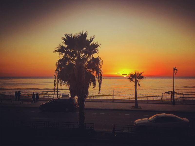 I just need you and some sunsets .. lebanon beirut ramletelbayda ... (Ramlat Al Bayda', Beyrouth, Lebanon)